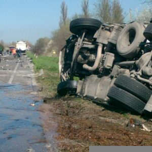 truck accident lawyer-compensation
