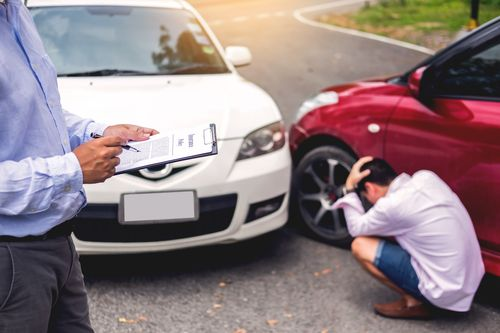 how much does an auto accident attorney cost?